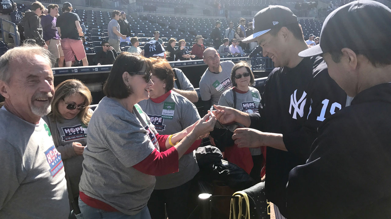 Yanks honor Tampa area HOPE Week charity
