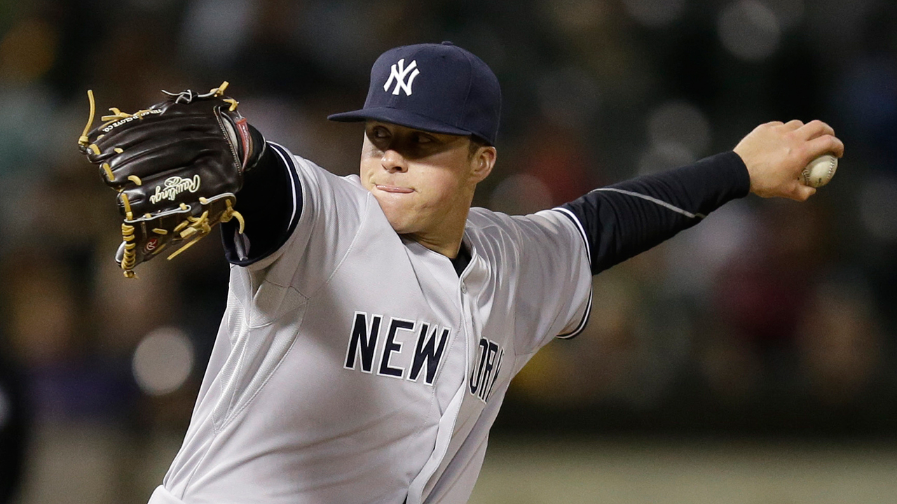 Yankees non-tender lefty Lindgren at deadline